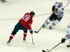 Semin With Puck in Slot